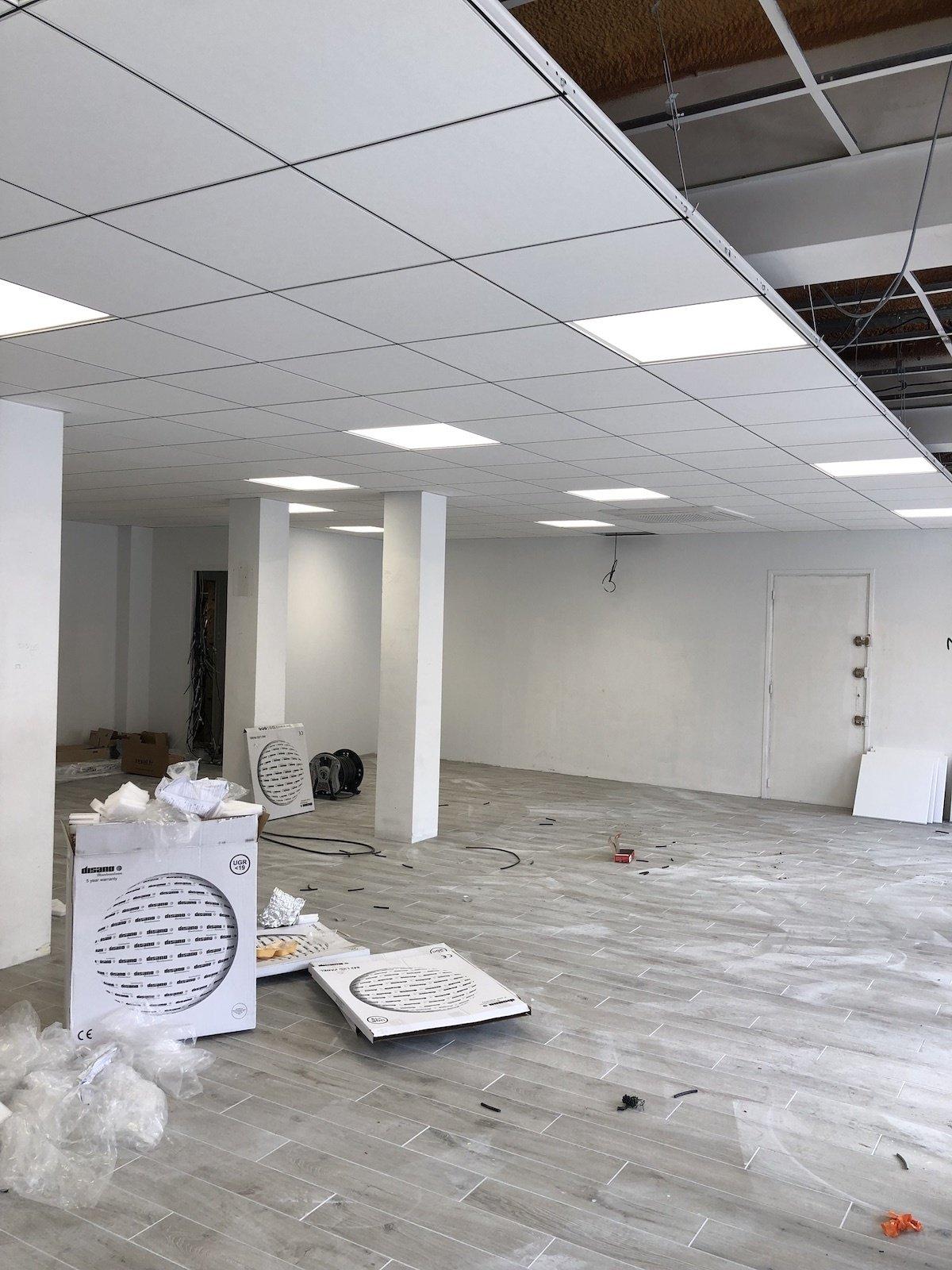 Rénovation électrique complète dans un magasin à Hendaye