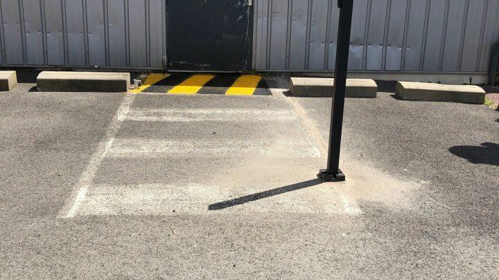 Ferme porte automatisé avec contrôle d'accès Mouguerre